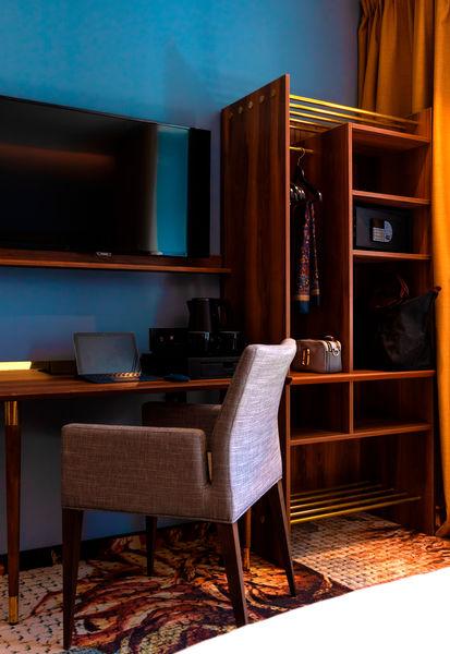 Hôtel des Vosges Strasbourg****  Chambre confort - Espace de travail