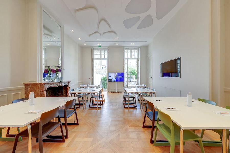 Deskeo Rambuteau Salle 1 - 40 personnes - 50m2 - accès direct au jardin