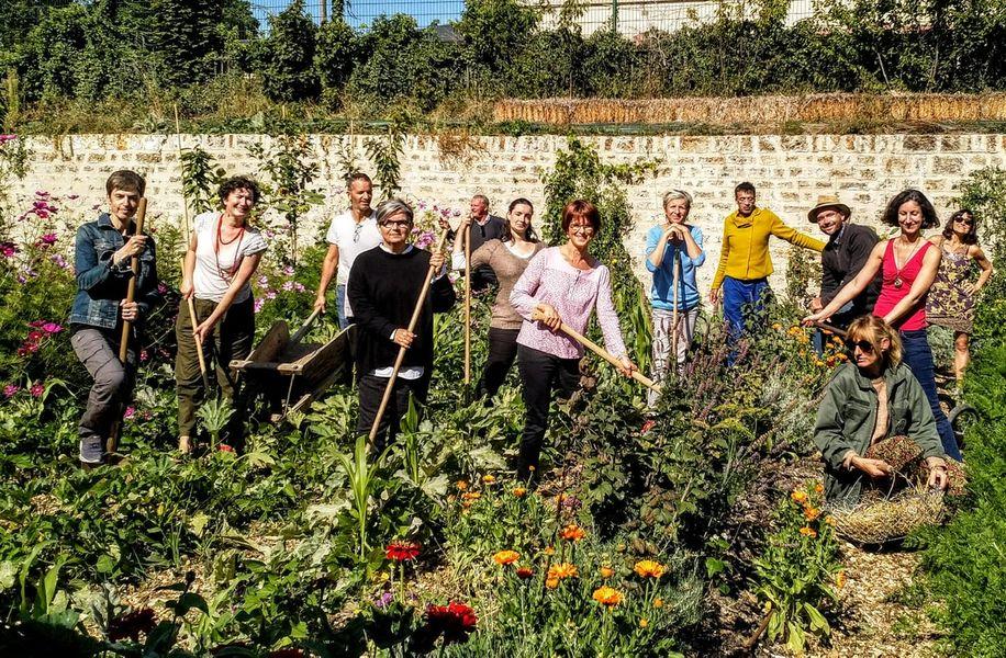 Ferme Nature et Découvertes Pour vos séminaires ou réunions d'équipe au vert et la possibilité de mettre les mains dans la terre !