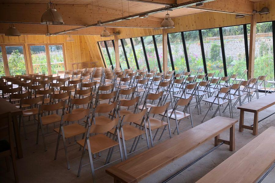 Ferme Nature et Découvertes Un espace en plénière de 140 places