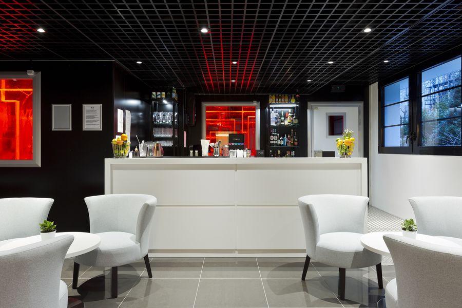 Simon's Paris *** Boutique Hôtel & Ice Bar Lounge Bar