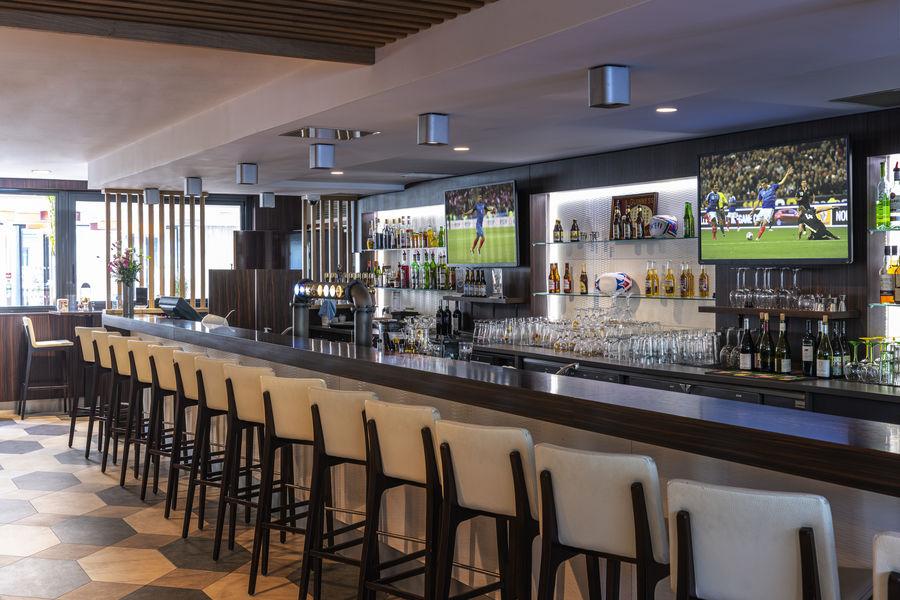 Holiday Inn Toulouse Airport, IHG Sport's Bar l'Aviator