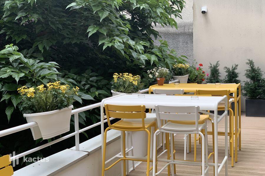 Holiday Inn Paris-Montmartre, IHG Terrasse rez de chaussée