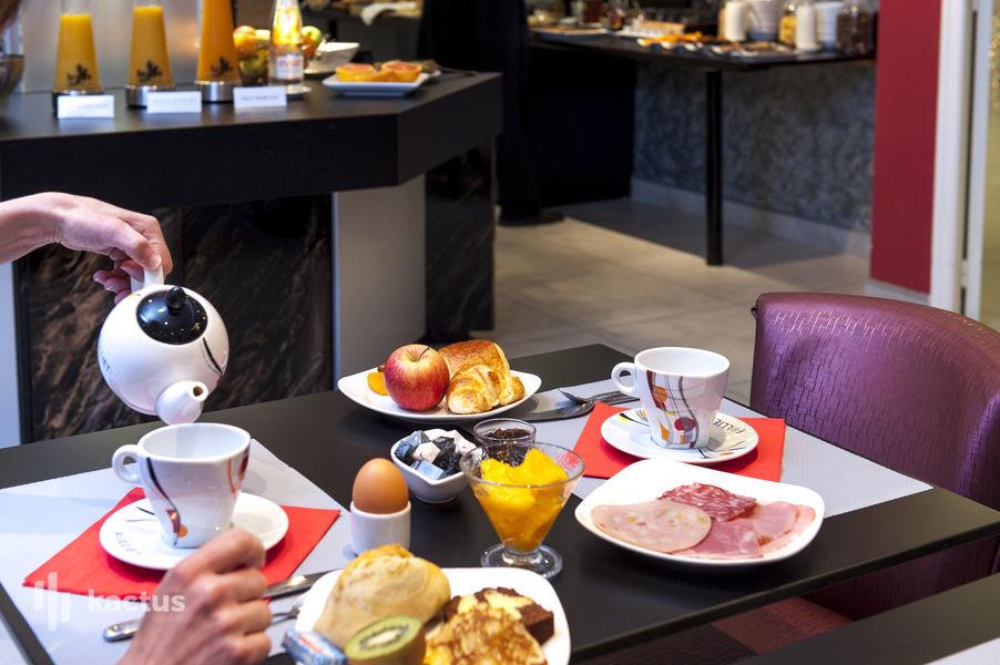 Brit Hotel Belfort Centre **** Petit déjeuner sur table