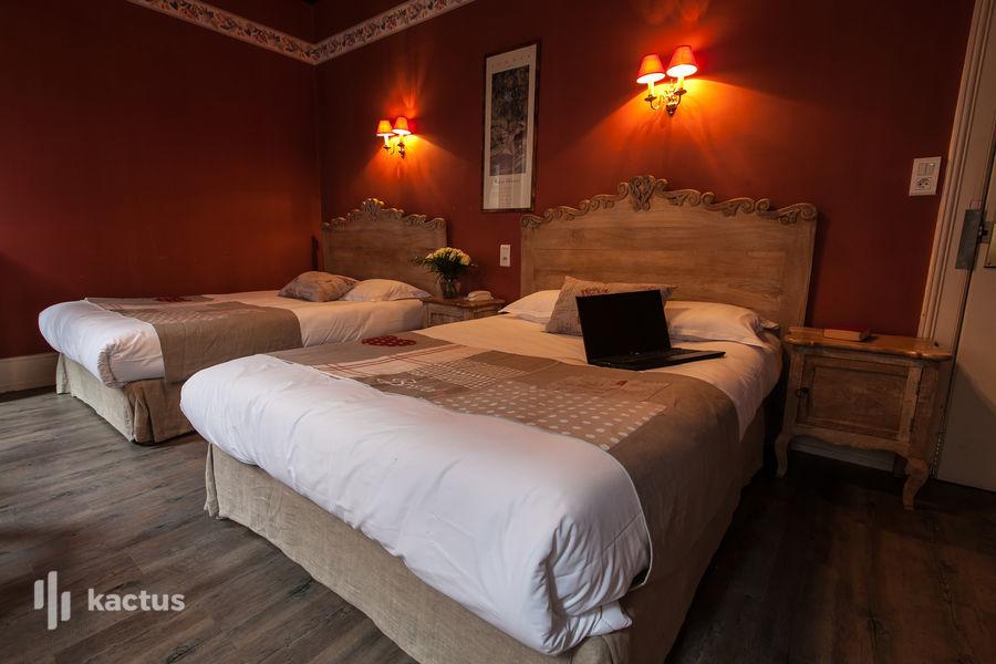 Brit Hotel Bristol Montbéliard Centre *** Chambre quadruple