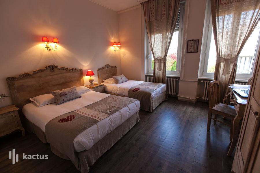 Brit Hotel Bristol Montbéliard Centre *** Chambre triple