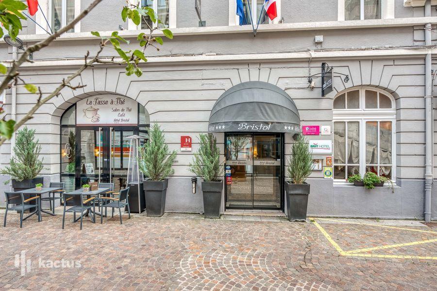Brit Hotel Bristol Montbéliard Centre *** Extérieur