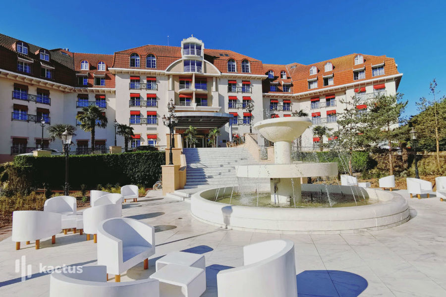 Le Grand Hôtel **** Le Touquet - Resort & Spa Facade