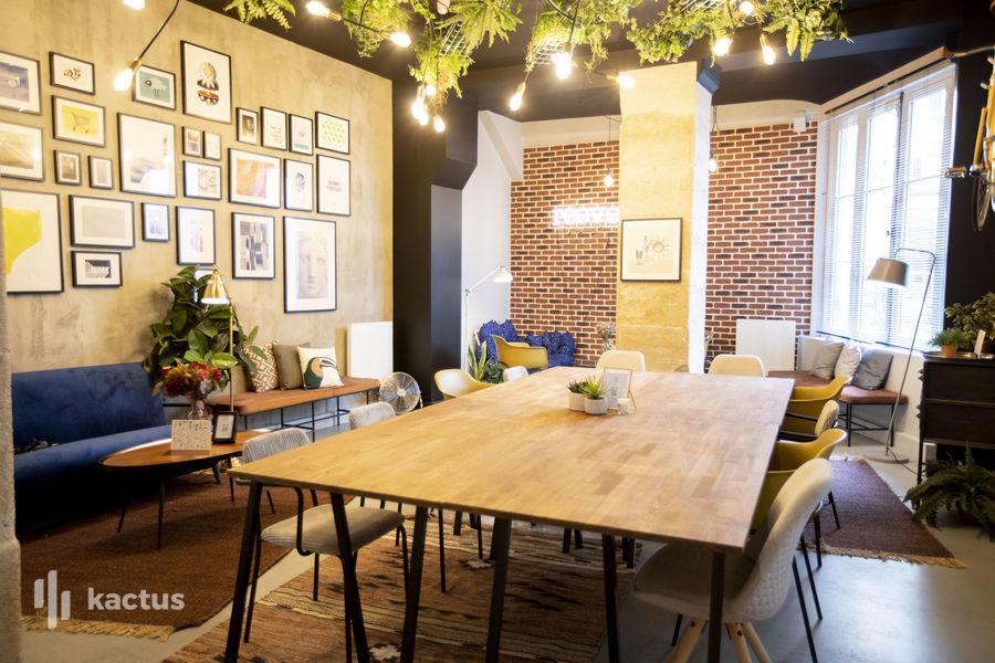 L'Atelier Reeve La salle de travail (U)