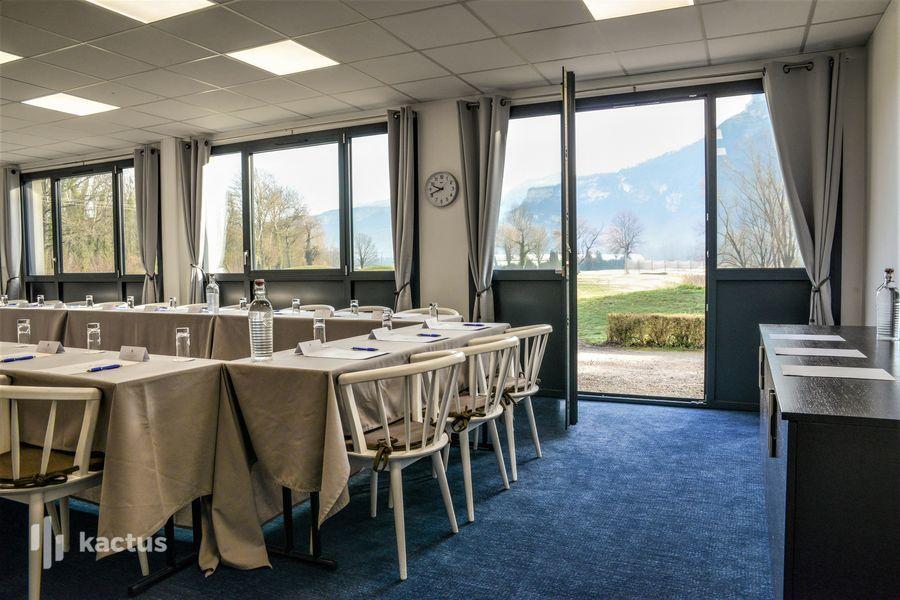 Golf Hôtel Charmeil *** 53