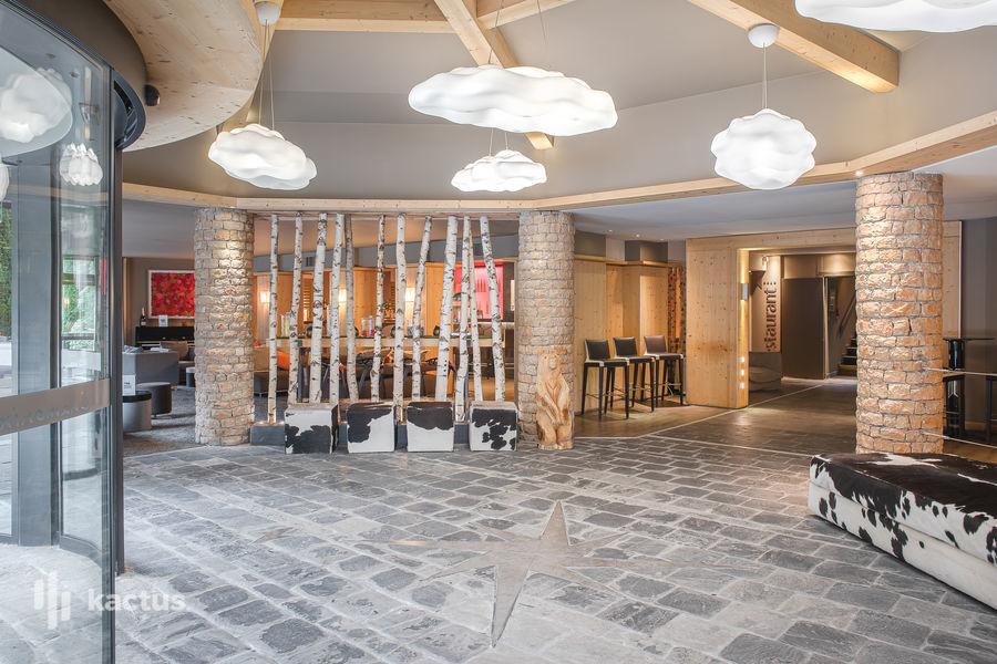 Mercure Chamonix Centre **** Entrée de l'hôtel