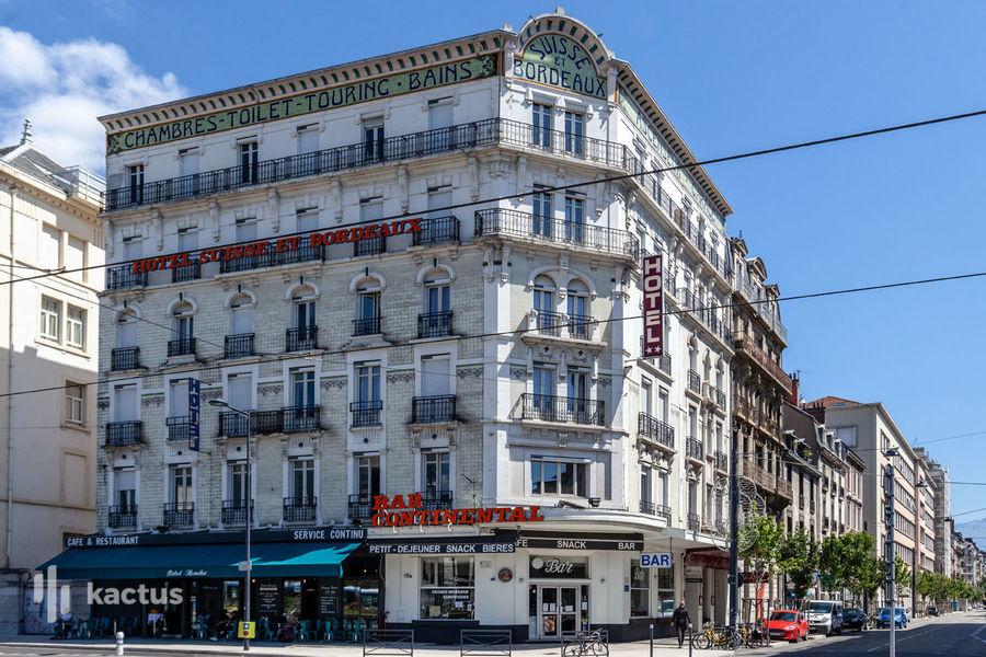 Brit Hotel Grenoble Suisse et Bordeaux Brit Hotel Grenoble Suisse et Bordeaux