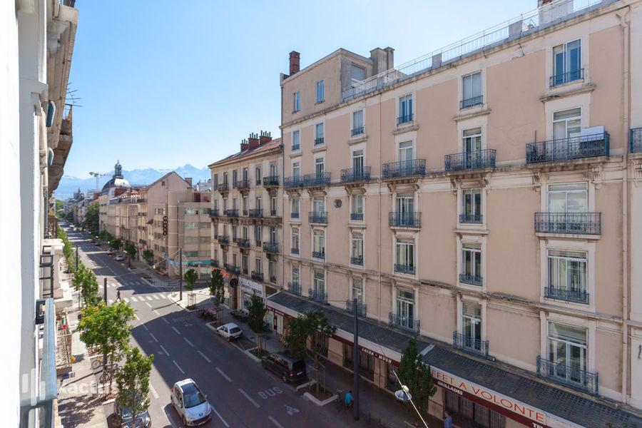 Brit Hotel Grenoble Suisse et Bordeaux Vue du Brit Hotel Grenoble Suisse et Bordeaux