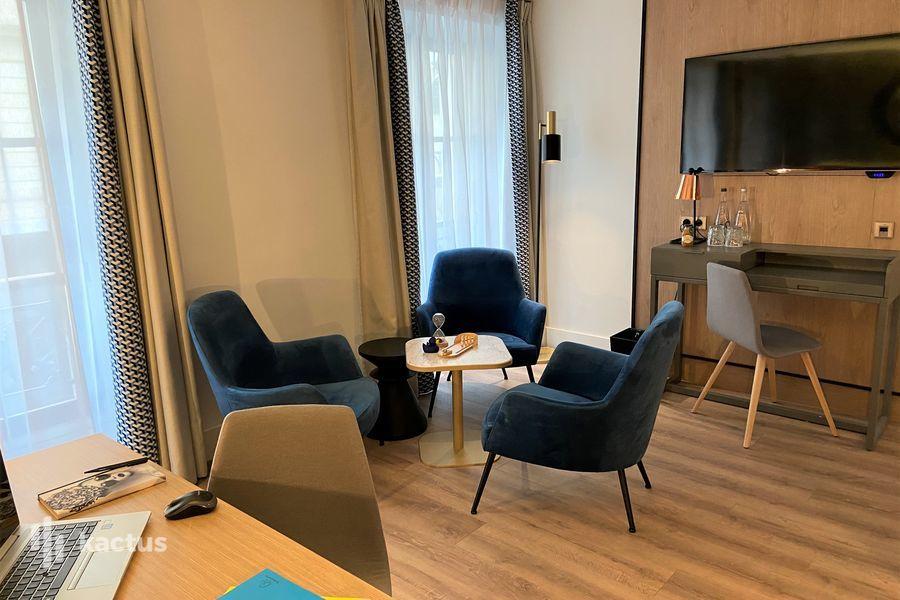 L'Atelier @ Renaissance Paris Vendôme  ***** Salon 105