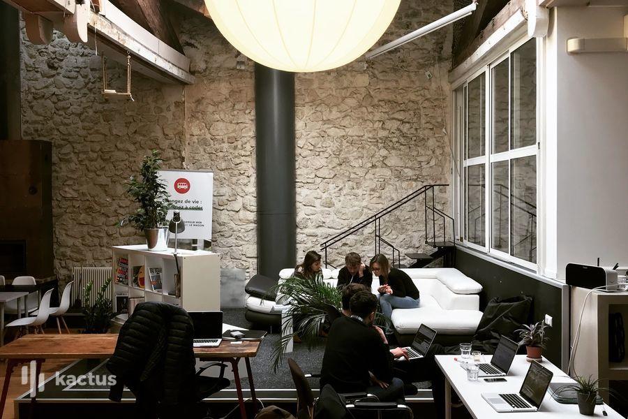 Rue Paradis - Share Workspace Salon de travail