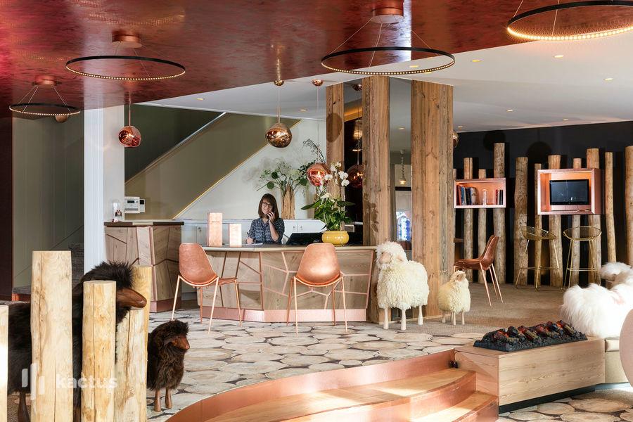 Hôtel Grandes Rousses  **** 65