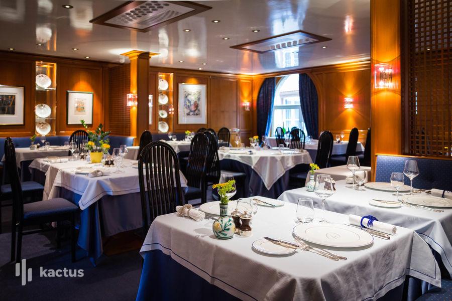 """Hôtel À La Cour d'Alsace **** Restaurant gastronomique """"Jardin des Remparts"""""""