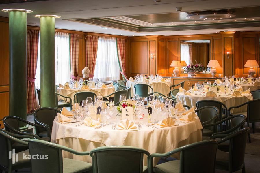 Hôtel À La Cour d'Alsace **** Salle Julie en banquet