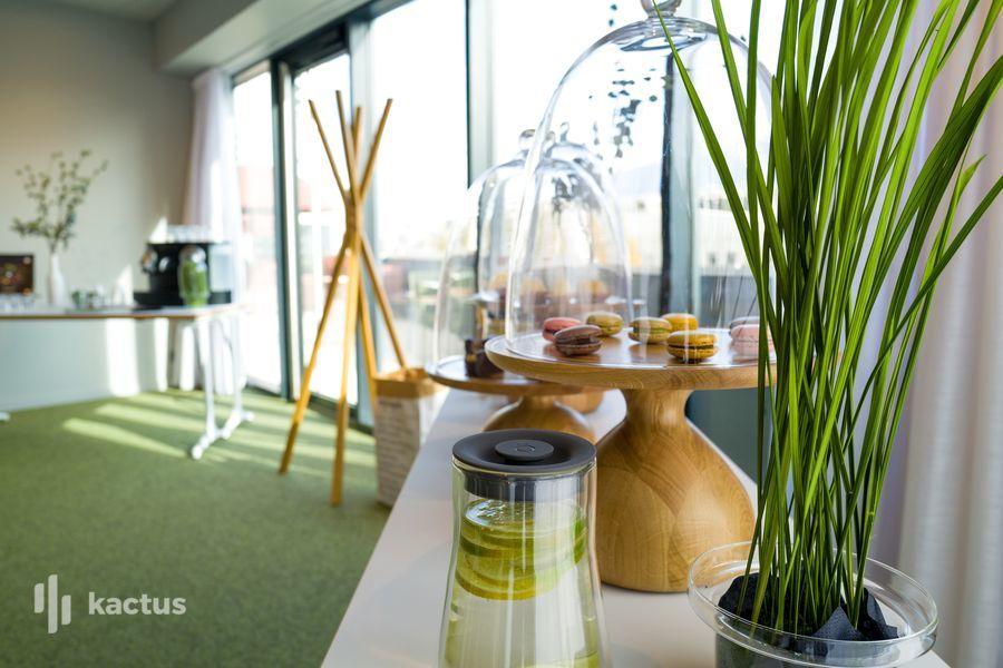 Hôtel Belaroïa Golden Tulip et Campanile Montpellier Centre Détail pause-café