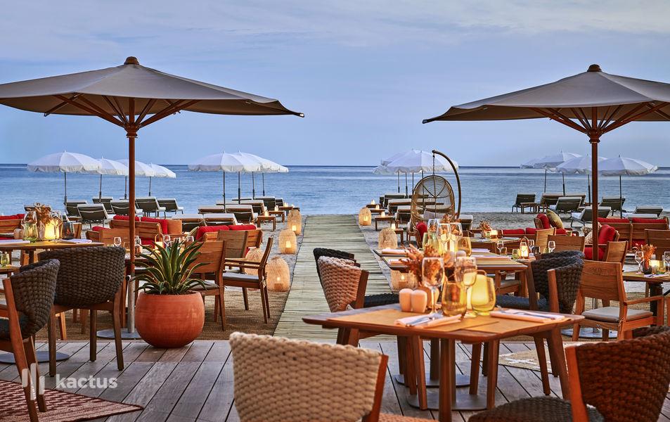 Hôtel Barrière Le Gray d'Albion Cannes  Restaurant Mademoiselle Gray