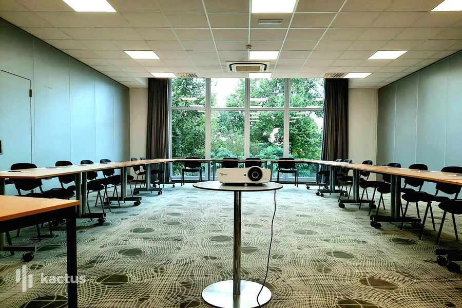 SURE HOTEL BY BEST WESTERN NANTES BEAUJOIRE *** Salle Talensac 85 m²