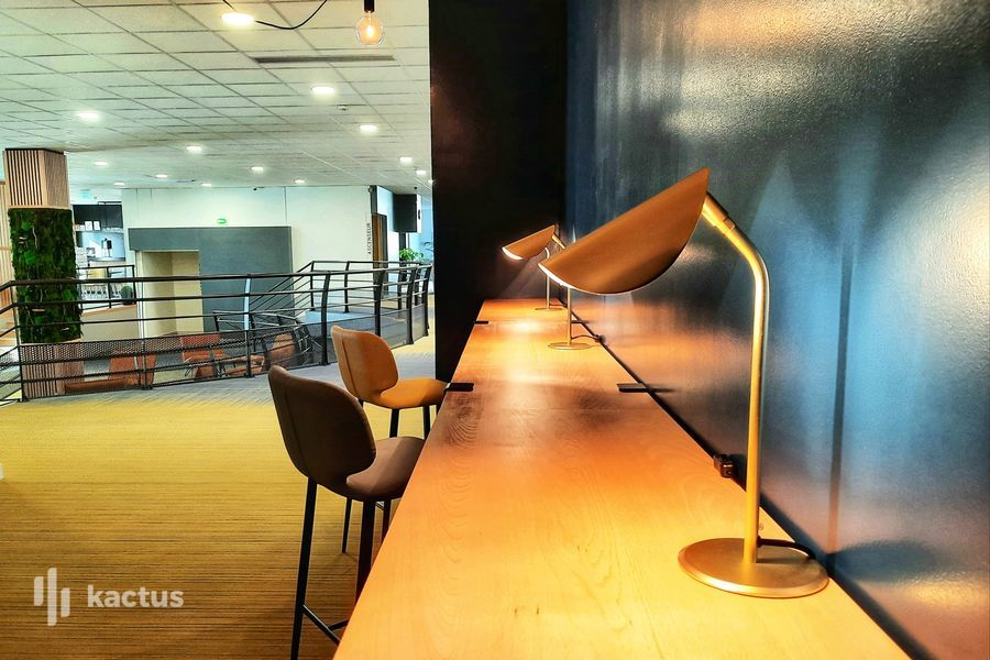 SURE HOTEL BY BEST WESTERN NANTES BEAUJOIRE *** Business corner