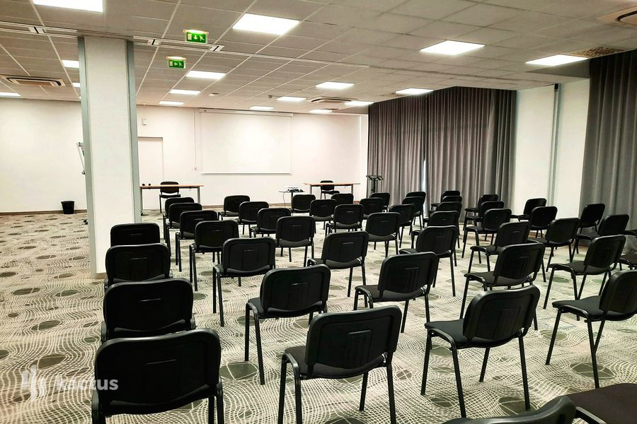 SURE HOTEL BY BEST WESTERN NANTES BEAUJOIRE *** Salle 170 m² Style théâtre