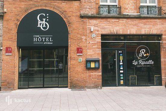 Grand Hôtel D'Orléans *** Brasserie La Ripaille Façade