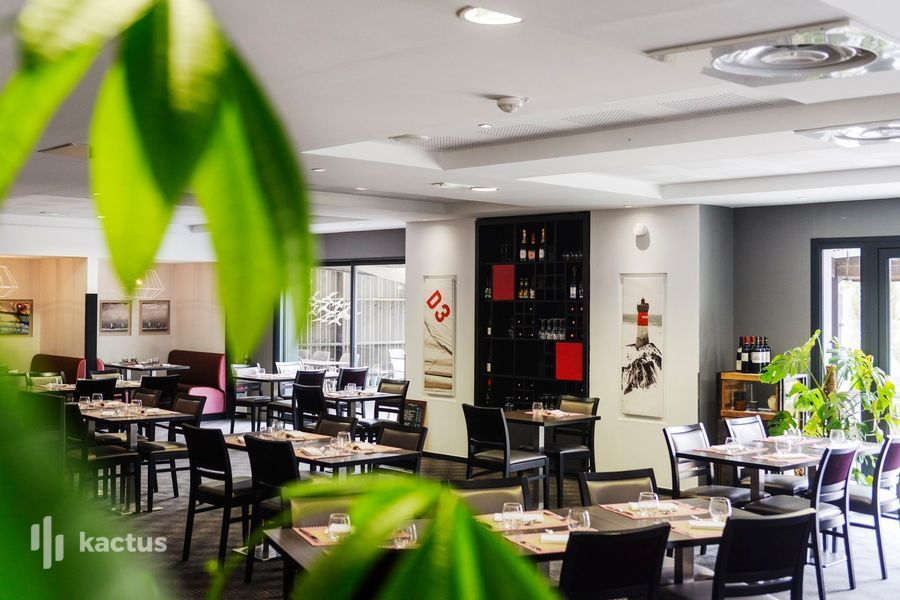 Kyriad Auray Carnac*** Salle de restaurant