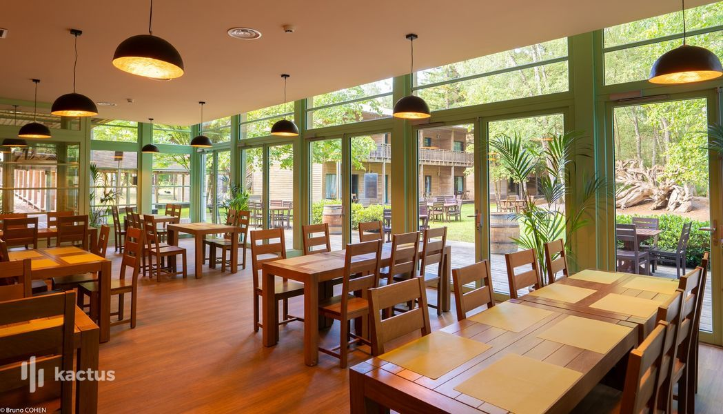 Business Experience Parc Astérix Les Trois Hiboux Hôtel - restaurant