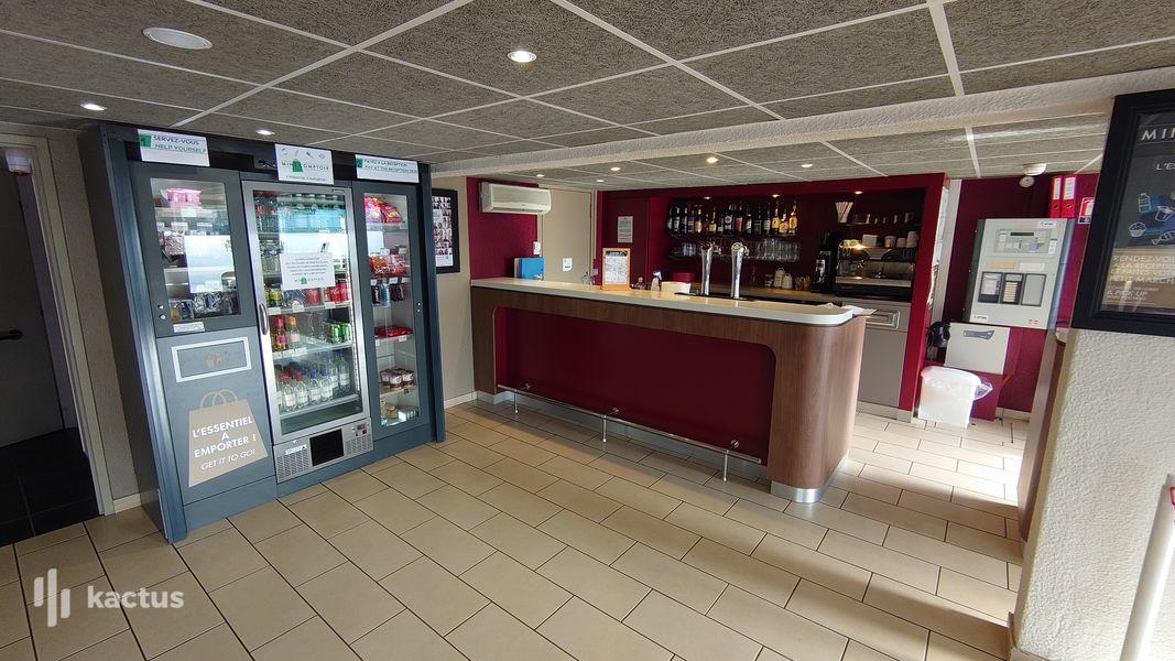 Campanile Bordeaux Nord - Le Lac *** Bar + Mini-Comptoir