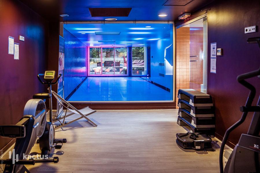 les Pléiades**** Hôtel-Spa-Restaurant Piscine intérieure et salle fitness