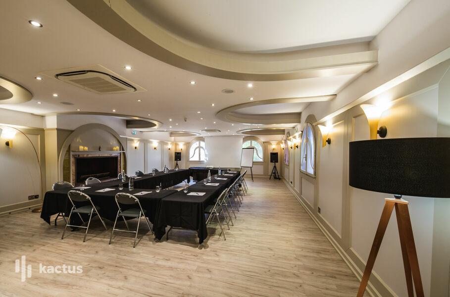 Hôtel Restaurant Dolce Vita **** Hôtel Restaurant Dolce Vita **** _Salle de réunion