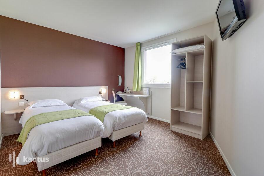 Brit Hotel Saint-Meen-le-Grand L'adresse 4