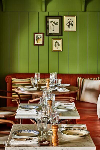 Airelles Gordes, La Bastide ***** Restaurant Clover Gordes by Jean-François Piège