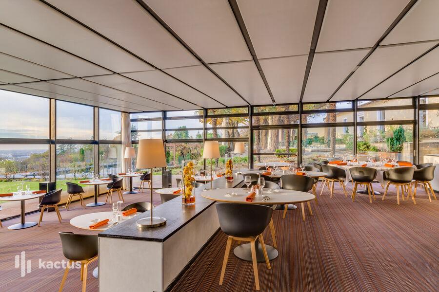 Hôtel Saint-James Bouliac **** Salle Panoramique du restaurant gastronomique