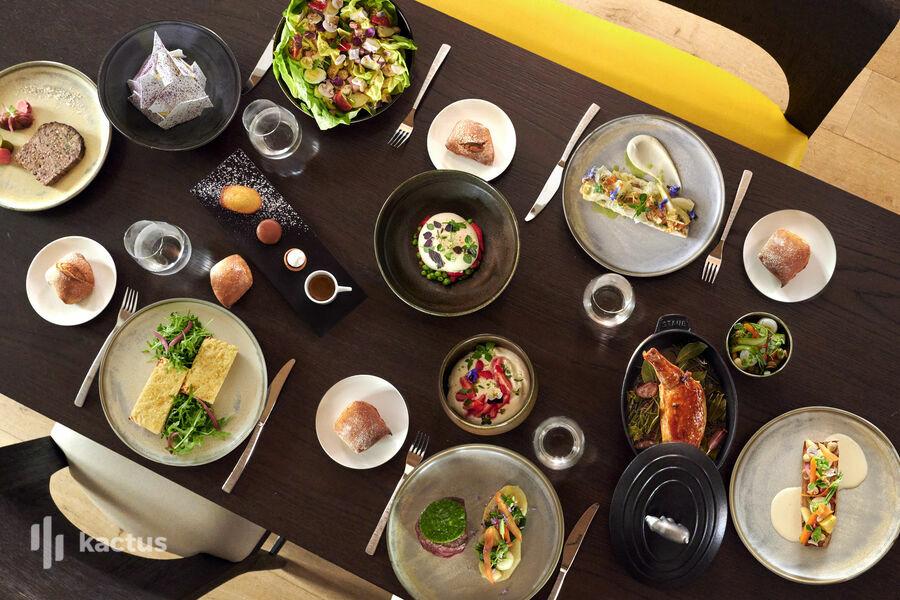 Hyatt Paris Madeleine ***** Diner en Suite Présidentielle.