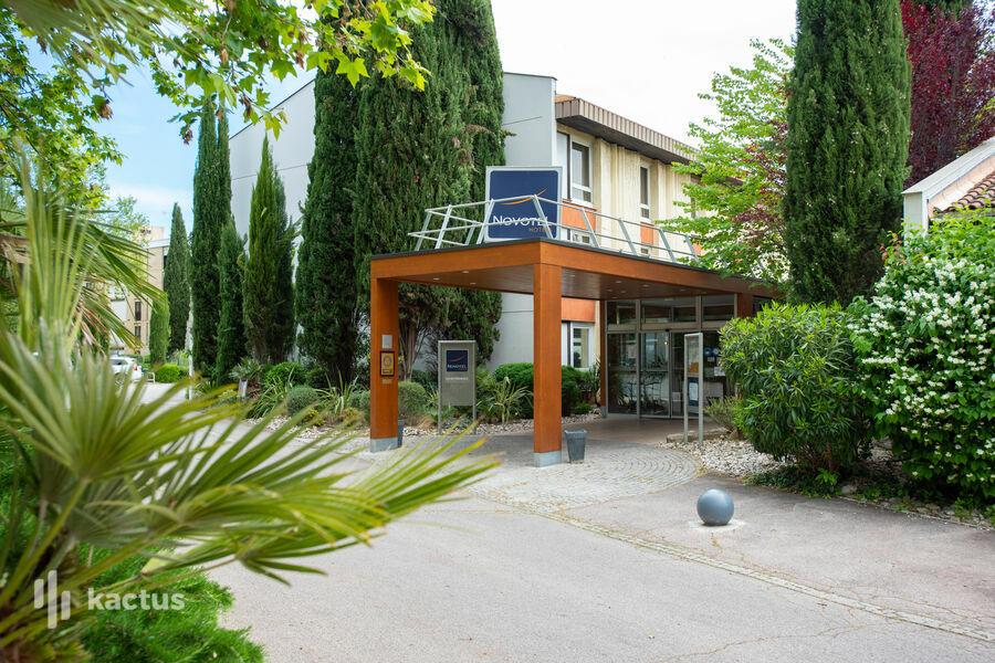 Novotel Aix-en-Provence Beaumanoir Les 3 Sautets **** Entrée