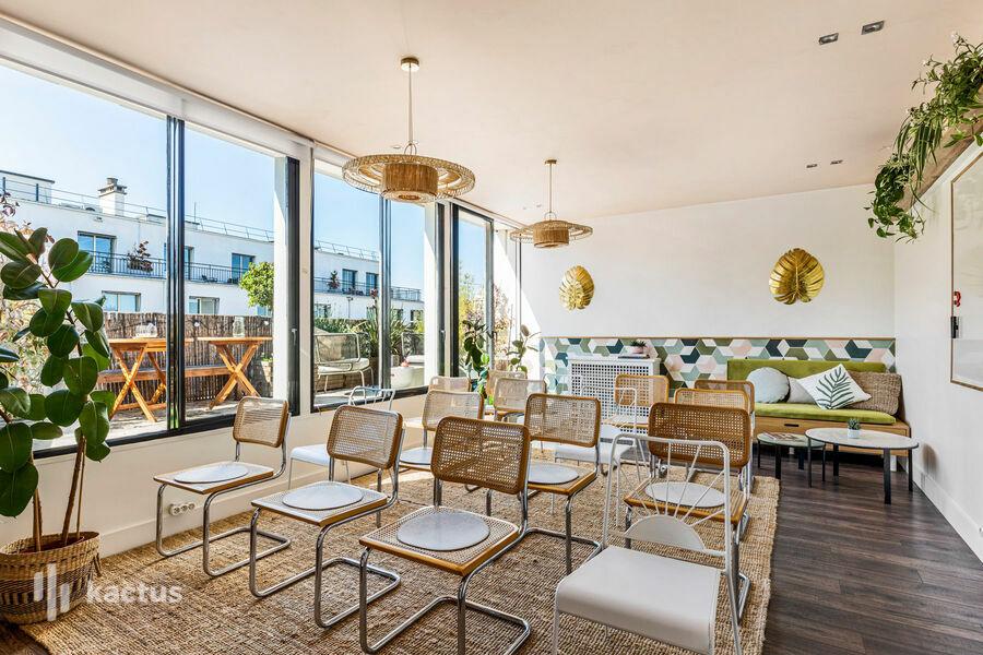 Keeze Monceau Rooftop de 40m2, salle de réunion avec terrasse privée