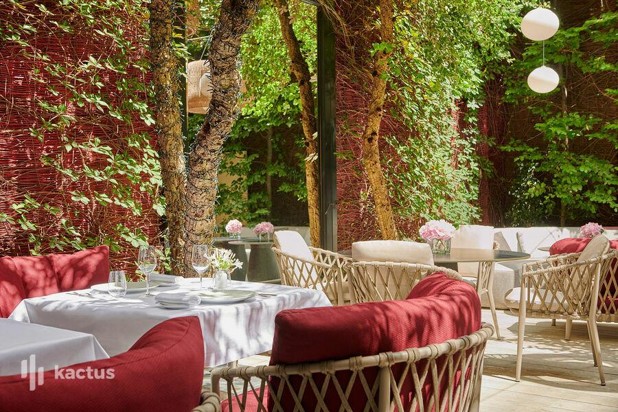Hôtel Lancaster - Paris Champs-Elysées ***** Patio de Monsieur Restaurant
