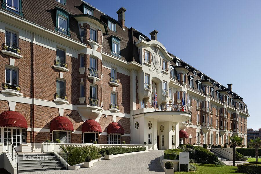 Hôtel Barrière Le Westminster  Façade - Hôtel Barrière Le Westminster - Le Touquet