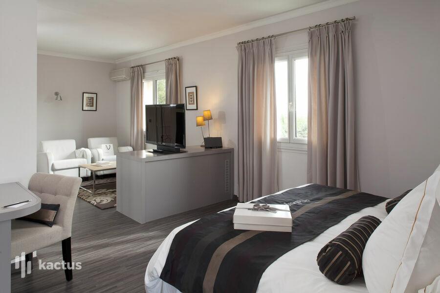 Hôtel Le Vallon de Valrugues & Spa ***** 8